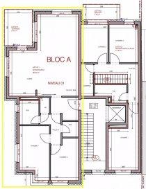 Situé dans une petite résidence de uniquement 6 unités en fin de construction, Tempocasa Bettembourg vous présente ce ravissant appartement au 1er étage du bâtiment.   TVA Récupérable!  L'appartement se compose d'un Hall d'entrée spacieux, d'un Salon lumineux qui donne accès sur une Terrasse avec une vue dégagée, d'une Cuisine, de 2 Chambres et d'une Salle de douche.  Un WC séparé et un Débarras de 1,57m2 complètent ce bien.   Au sous-sol on trouve un emplacement privé et une grande cave de 8,22m2.  Le bâtiment dispose ainsi d'un local poubelles et d'une buanderie privée.  Volets électriques, Chauffage au sol et des finitions de Haut Standing.  Pour toute information supplémentaire, n'hésitez pas à nous contacter au 621408233 ou 26 51 12 83.