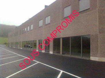 Remax, spécialiste de l\'immobilier au Luxembourg, vous propose à REDANGE SUR ATTERT, dans une Zone d\'Activités Artisanales et Commerciales, à la VENTE ou à la LOCATION, cet bel ensemble neuf, moderne et lumineux de 564 m2 se composant :<br>- d\'un hall artisanal de 460 m2 à l\'extrémité d\'un Bâtiment neuf ( libre des 3 côtés)<br>  (Hall = 357 m2 (18.7 m x 17.7 m) - Hauteur sous plafond = 6 m  - Porte sectionnelle 4 m x 4 m )<br>- de bureaux aménagés ..(Carrelage, peinture, sanitaires et chauffage )d\'une surface de 103,5 m2 <br>  ainsi que d\'une mezzanine de même surface prête à être aménagée en bureaux ou archives, stockage chauffage) <br> - de 14 places de parking<br>Les Compteurs électricité et eau sont individuels , le chauffage est au gaz<br><br>Cette zone artisanale nouvellement créée idéalement située est proche de l\'A5 direction Belgique ou Luxembourg<br><br>Le prix affiché est un prix hors taxes et hors frais.<br><br>Contactez Bertrand GILL  Gsm 691 89 80 10   Email Bertrand.gill@remax.lu<br><br><br />Ref agence :5095747