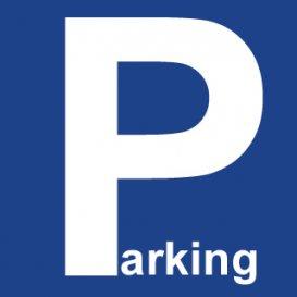 L'agence Van Maurits vous propose deux emplacements de parking extérieur n°2 et n°3 dans les alentour de Kirchberg  Disponibilité : Immédiate ; Loyer : 160€/mois ; Caution : 2 mois de loyer, soit 320 € ; Honoraires d'agence : un mois de loyer + TVA de 17% ; Nombreux commerces et transports en commun (gare, bus, futur tram) à proximité  Pour toute information, merci de contacter Muzalia Sarah via mail Sarah@vanmaurits.lu Numéro : 621 748 117