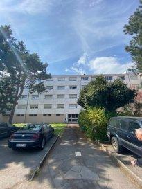 Appartement en rénovation  2 chambres, et un emplacement voiture  Nous vous invitons à nous rendre visite ou contacter l'un de nos commerciaux pour plus d'informations.    Les surfaces et superficies sont indicatives  Rejoignez-nous sur Facebook : Newjomar Belval disponible 1.6.2021