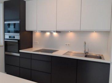 L'agence immobilière SPACEPLUS représentée par Nanda Costa ( GSM 661 33 22 22 ) vous propose à la location un appartement de 62 m2 dans une nouvelle résidence LAUTREC sise à 2, An Der Bléi à Bissen L-7796.  ++++++ Disponible immédiatement ++++++++++  L'appartement est sis au rez-de-chaussée et présent une belle composition avec 2 terrasses de 18 et de 27m2. Il est composé comme suit: hall d'entrée; WC séparé; Living de 31 m2 avec la cuisine équipée, ouverte et sortie sur la terrasse de 18 m2 avec l'espace jardin/gazon; une chambre à coucher de 17m2 avec sortie sur la terrasse de 27m2; une salle de douche.  2 places de parking ( extérieur n.024) et intérieur n.002) une cave privative (n.014) un emplacement dans la buanderie commune.  Equipement: - chauffage au sol, - volets motorisés, - cuisine équipée, - luminaires installés, - tenture pour les fenêtres (rideaux japonais pour le living, rideau en tissu pour la chambre à coucher, rideau à rouleaux pour la salle de bains) - plantation végétale autour de l'appartement, terrasses.
