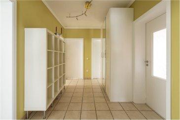 Veuillez contacter Mathieu Bossennec pour de plus amples informations : - T : 661 521 730 - E : mathieu.bossennec@remax.lu  REMAX, Spécialiste de l'immobilier, dans la commune de Clémency vous propose ce bel appartement à la vente à Clémency. Situé au rez-de-chaussée, avec environ 85 m² de surface utile, à proximité de l'Église et du cimetière, dans une résidence avec à peine 3 unités, joli et spacieux, il dispose de 2 chambres, d'un garage privatif, d'une grande cave privative ainsi que d'un emplacement privatif.  Très bien situé, dans un quartier résidentiel calme, vous trouverez toutes les commodités, à quelques mètres à pied. (Bus, Epicerie, Magasin, Médecin, Ecoles,...)  Il se compose comme suit :  - Un hall d'entrée accueillant et spacieux d'environ 10 m² qui dessert toutes les autres pièces.  - Une cuisine équipée et séparée, très fonctionnelle d'environ 8 m².  - Un grand salon/salle à manger d'environ 25 m², très spacieux avec différentes possibilités d'aménagements.  - Une grande salle de bain avec douche, baignoire et WC d'environ 7 m².  - Une buanderie privative, idéale pour machine à laver, sèche linge d'environ 5 m².  - Une chambre de 12.22 m².  - Une chambre de 13,03 m².  D'autres atouts importants complètent ce très bel appartement :  - Un grand garage privatif d'environ 18 m², très facile d'accès.  - Une grande cave privative d'environ 14 m², très fonctionnelle.  - Un emplacement privatif juste devant l'appartement.  De plus, la chaudière est individuelle, au gaz, très récente (Viessman) et en très bon état, ainsi que le tubage de cheminée.  Les charges sont basses (85 € / mois), chaque compteur est individuel gaz, électricité et eau. En commun : uniquement un compteur électrique pas de compteur eau en commun.  La résidence dispose de la fibre.  Pas de travaux prévus dans la copropriété.  Disponibilité à convenir.  Visite virtuelle et plan disponibles sur demande.  Frais d'agence RE/MAX : 3 % du prix de vente à la charge de la partie venderesse + TVA