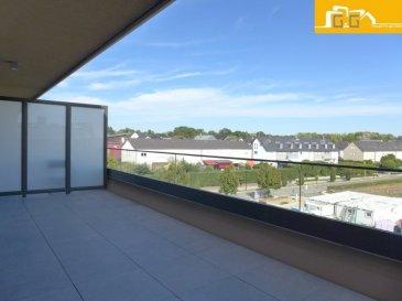 ---LOUE--- ---RENTED---  Première occupation.  Très bel appartement lumineux de 90 m2 utilisable, situé au 3ème et dernier étage avec ascenseur dans la nouvelle résidence LES THERMES de 2020 à Strassen.  Ce bien se compose de :   - 1 belle chambre à coucher de 15 m2 avec au balcon de 3 m2 - 1 spacieux living de 32 m2 avec accès à la terrasse de 19 m2 - 1 grande cuisine équipée et ouverte  - 1 hall d'entrée avec armoire encastré  - 1 débarras ou buanderie privée  - 1 salle de bains avec baignoire  -  1 WC séparé  - 1 cave privative  - 1 buanderie commune et 1 local commun pour vélos, poussettes… - 1 grand emplacement intérieur privé - Fenêtres en triple vitrages avec stores électriques et et vidéophone - Libre 15.08.2020  A proximité directe de Luxembourg Ville, proche des transports publics et commerces.  N'attendez plus, contactez-nous par:  EMAIL: info@gng.lu TEL: 661 123 002 TEL: 621 366 377  Découvrez toutes nos offres sur www.gng.lu