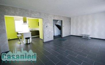 Maison F5 CREUTZWALD. Sur la commune de Creutzwald en lisière de foret, maison F5 composée d'un salon séjour, d'une cuisine équipée ouverte, de 3 chambres, d'une salle d'eau avec douche à l'Italienne, wc séparé, sous sol avec buanderie, chaufferie (chaudière gaz neuve), caves, 2 garages et jardin.