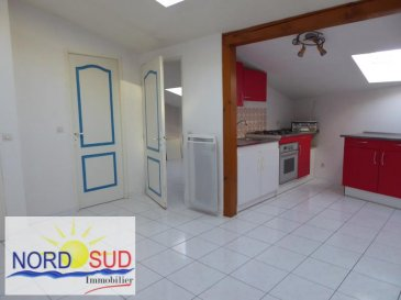 APPARTEMENT T2 ROHRBACH LES BITCHE - 2 pièce(s) - 32 m2. Rohrbach les Bitche centre, rue calme~~Appartement de 32m² au sol + 1 pièce annexe: ~composé d\'une pièce de vie avec cuisine équipée, 1 chambre, salle d\'eau avec douche et meuble vasque, wc individuel.~Divers: interphone, une belle pièce annexe à l\'appartement pouvant servir de bureau ou pièce de stockage, disponible ai 31 janvier.~Loyer 320EUR + 30 EUR de charges~~Contact Nord sud immobilier~Rohrbach les Bitche 03  72 64 01 02