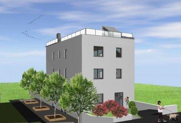 Appartement au 2e étage d'une surface habitable de 106m2 avec une terrasse de 6.00m2 et une toiture terrasse privé de 96.70m2, l'appartement comprenant 1 hall d'entrée avec vestiaire, WC séparé, 3 chambres à coucher, une salle de bains, un grand living avec cuisine ouverte et une cave.  Emplacement intérieur non inclus dans le prix mais disponible pour une somme de 25.000,00€.  Nous avons l'honneur de vous présenter une toute nouvelle résidence de 3 unités seulement, en future construction à Differdange.  Libre de 4 côtés celle-ci est située dans une rue très calme et agréable à vivre.  Avec une classe énergétique en BBB les charges seront moindres grâce à l'installation d'une ventilation mécanique, de panneaux solaires, chauffage au sol, ect.