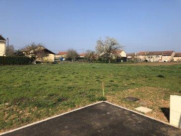 TERRAIN A BÂTIR .  Proche axe A31, accés Nancy- Metz, lotissement le valmat, terrain à batir viabilisé de 367 m2 lot 2B. Libre de constructeur .