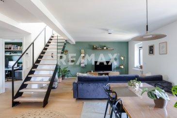 Veuillez contacter Philippe Mélard pour de plus amples informations :  - T : 661 405 446 - E : philippe.melard@remax.lu  (En exclusivité) RE/MAX, Spécialiste de l'immobilier à Luxembourg, vous propose ce magnifique appartement de 110 m² dont environ 91 m² habitables.   L'appartement se situe au 3? et 4? étage (sans ascenseur) d'une très belle résidence de 5 appartements, parfaitement entretenue datant de 2016.  L'appartement se compose comme suit : - Un vaste salon de 35?m²  - Cuisine équipée de 6 m² ouverte sur le séjour - 1 chambre de 10?m² À l'étage,  - 1 suite parentale de 38 m² au sol - Une salle de douche de 10 m² au sol  Précision concernant les surfaces du grenier aménagé: H2,00 m: 15,32 m² 1 m