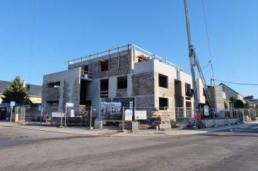 Nouvelle construction de 4 duplex situés au 17, rue Gaaschtbierg à Mamer  FINITION HAUT STANDING  Duplex Penthouse no. D au 1er et au 2e étage Surface habitable 188 m2 + terrasses 40 m2  Au 1er étage : Hall de distribution, ascenseur directe à l'appartement, 3 chambres à coucher, deux salles de bain et un WC séparé.  Au 2e étage: Living de 75 m2 avec cuisine ouverte, ascenseur directe à l'appartement, terrasses, WC séparé, 2 débarras et un bureau.   Classe énergétique A/A, triple vitrage, volets à lamelles, chauffage au sol, ascenseur et cave.  Avantages additionnels : * Plan et devis pour aménagement de cuisine BULTHAUP disponible sur demande * Plan d'architecte d'intérieur et devis pour mobilier intérieur/extérieur SICHEL HOME disponible sur demande  Le prix affiché comprend un taux de TVA super-réduit de 3% (en cas d'affectation du bien à des fins d'habitation principale) et 2 emplacements intérieurs.   Information et documentation : Mme Nassim TOLOUI Tél. : 691 120 478 Email : info@parkagence.lu