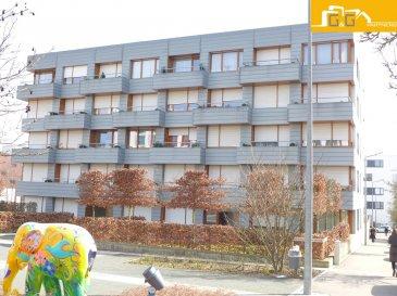 --- LOUE ---  --- RENTED ---  Très bel appartement entièrement meublé et équipé au 1er étage d'une résidence de 2008 avec ascenseur au Kirchberg.           -- Durée min. de location 6 mois --  Ce bien se compose de :  - 1 spacieux living avec accès au balcon de 4,05 m2 - 1 cuisine équipée ouverte - 1 grande chambre à coucher  - 1 salle de bains  - 1 hall d'entrée  - 1 cave privée  - 1 emplacement intérieur  - 1 buanderie commune avec lave/sèche-linge et 1 local commun à vélos  - Internet haut débit, TV et électricité privé inclus dans les 260 € de charges - Libre 01.08.2019 - Animaux sur demande  À proximité directe de Luxembourg Ville, proche des transports publics et commerces.   N'attendez plus, contactez-nous par mail sur info@gng.lu ou au 621 366 377.   Découvrez toutes nos offres sur www.gng.lu