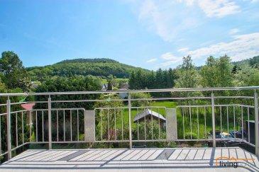Bel appartement avec balcon sis au 1ier étage d\'une Résidence construite en 2006 située à Helmdange d\'une surface habitable de 74,30m2.<br><br>DESCRIPTION:<br>Etage 1: (74,30m2)<br>- hall d\'entrée <br>- WC séparé avec raccordement machine à laver<br>- cuisine équipée ouverte sur séjour avec accès direct sur balcon <br>- chambre 1 <br>- chambre 2 <br>- salle de bains équipée d\'une baignoire/douche, lavabo et WC <br><br>SOUS-SOL:<br>- 1 cave (2,69m2)<br>- 1 emplacement parking intérieur avec ascenseur (14,96m2)<br><br>LES COMMUNS:<br>- buanderie<br><br>ASPECTS TECHNIQUES:<br>- sols recouverts de carrelages et parquet stratifié<br>- toiture isolée et recouverte d\'ardoises naturelles<br>- chauffage: gaz de ville <br>- radiateurs<br>- châssis PVC double vitrage <br>- façade finition crépi récemment rénovée<br>- parlophone<br><br>SITUATION:<br>HELMDANGE fait partie de la Commune de Lorentzweiler, situé entre Lorentzweiler à 1 km et  Walferdange à 4 km.<br>Toutes les facilités qu\'offre la région de Lorentzweiler comme p.ex. l\'école fondamentale, maison relais, crèche, école de musique de Bofferdange à deux pas, gare ferroviaire, ainsi que les multiples commerces et restaurants, pharmacie, banques, centre de récréation de Walferdange à 4 km.<br>Le transport public est assuré par les autobus de ligne et de la ligne ferroviaire. <br><br>DISTANCES:<br>Axe routier : A7 / N7<br>- Lorentzweiler 1 km<br>- Walferdange 4 km<br>- Luxembourg-Kirchberg 13 km<br>- Luxembourg-Centre 11 km<br>- Mersch 10 km<br>- Ettelbruck 20 km<br><br>Pour toutes informations supplémentaires contactez-nous au numéro suivant:<br>Bureau: +352 27 80 83 56<br><br> <br>  <br>