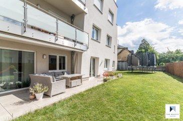 *** SOUS COMPROMIS *** SOUS COMPROMIS *** SOUS COMPROMIS *** SOUS COMPROMIS ***  Au calme et avec son jardin de 130m² plein sud, ce bel appartement de ± 120m², se trouve sur la commune de Bettembourg dans le village de Noertzange. Cette petite résidence de 7 appartements construite en 2016 se situe à 2 minutes de la gare de Noertzange offrant un accès facile au centre de Luxembourg en 15 minutes. Ecoles, piscine, centre sportif, aire de jeux, pistes cyclables sont proches.  Il se compose comme suit :  Au rez-de-jardin : d'une entrée de ± 7m² avec un wc séparé ; d'une chambre parentale de ± 23m² avec sa salle de bain en suite, de deux chambres de ± 16 et 14m² et une salle de bain. Le grand séjour de ± 43m² avec sa cuisine équipée ouverte et ses baies vitrées donnant sur la terrasse de ± 30m² et le jardin de ± 130m².  Au sous-sol : d'une place de parking, d'une cave; d'une buanderie commune.  Généralités:  Classe énergétique «B-B» Triple Vitrage Ascenseur Volets électriques Vidéophone VMC double flux Orientation Sud  Contact : Jimmy de Brabant - +352 661 167 494