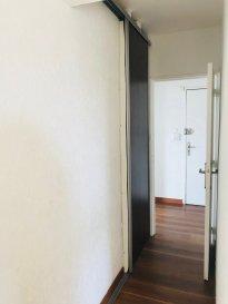 Appartement F3. Appartement F3 Au 3ème étage, appartement 3 pièces composé d\'une entrée, un séjour, une cuisine, deux chambres, une salle de bains, wc et une loggia.  Une cave au rez-de-chaussée.       Provisions sur charges : 50 € / mois  Dépôt de garantie : 440 €   Honoraires à la charge du locataire : 350 € TTC  Visite, Constitution du dossier, rédaction du contrat de bail