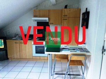Tempocasa Strassen vous propose en exclusivité ce superbe appartement idéalement situé à Soleuvre. Celui-ci se trouve au 3eme étage et dernier étage d\'une petite copropriété. Il se compose d\'une cuisine ouverte sur la pièce principale, une chambre séparée et d\'une salle de douche. Vous bénéficierez également d\'une terrasse en commun. Ce bien est actuellement loué et est idéal pour un investisseur! Pour plus d\'informations contactez nous.  Ref agence :159
