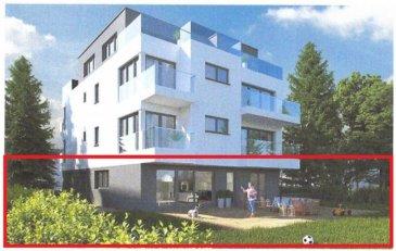 Au calme dans une petite rue, ce lumineux appartement avec son grand jardin privatif de 4.11 ares (dont 70m² de terrasse) se situe dans un petit immeuble de 6 unités, avec ascenseur est un bien rare à proximité de la ville de Luxembourg et du Kirchberg.   Il se compose comme suit:   Au rez-de-chaussée: d'une entrée avec placard; d'un séjour – cuisine de ± 42m² avec ses baies vitrées donnant sur une terrasse de ± 70m² et le jardin de 4 ares ; d'une suite parentale de ± 14m² avec son dressing de ± 8m² et sa salle de douche de ± 5m²; de 2 chambres de ±, 14 et 13m²; d'une salle de bain de ± 6m² ; d'un WC séparé; d'une buanderie de 4m².   Au sous-sol: de 2 emplacements de parking; d'une cave; local vélos/poucettes commun.   Généralités :   Immeuble en construction (vente en état de future achèvement) 2ème semestre 2021 Passeport énergétique A - A Emplacement au calme et son grand jardin Proximité des transports, commerces, écoles et crèches   Prix : € 1.300.000, - (TVA à 3% compris) - après acceptation de l'administration de l'enregistrement et des domaines. 2 Garages : €50.000 (TVA 3% compris)  Contact : Jimmy de Brabant +352 661 167494 ou jimmy@vanmaurits.lu