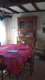 Maison centre bourg GUEMENEPENFAO REF 3430. Maison en plein centre bourg d\'environ 45 m² hab, comprenant un salon, une cuisine, une chambre, SDE et WC. Le plus Grenier aménageable (possibilité de 2 chambres), dépendances. Le tout sur un terrain clos de 146 m².<br>DPE VIERGE CONSOMMATION NON EXPLOITABLE<br>IGOR IMMOBILIER<br>Contactez Christophe EVAIN au 06 79 75 09 40 (Agent commercial N° siret 80870463900018)<br>Venez découvrir nos offres sur www.igor-immobilier.com<br> dont 8.45 % honoraires TTC à la charge de l\'acquéreur.<br>