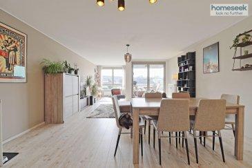 +++ MANDAT EXCLUSIF +++ <br><br>ESCH SUR ALZETTE - LALLANGE<br><br>(Contact direct : 00 352 661 409 627)<br><br>Découvrez cet appartement avec son espace de vie lumineux ouvrant sur terrasse, situé au 2ème étage d\'une résidence avec ascenseur construite en 2002 dans le quartier de Lallange.<br><br>Il dispose d\'un environnement calme, tout en restant proche des commerces et des accès autoroutiers.<br><br>Cet appartement développe une surface habitable de 82,52 m² et se compose comme suit : <br><br>- Un hall d\'entrée<br>- Un wc avec lave-mains et placards<br>- Une cuisine équipée ouverte<br>- Un salon séjour avec accès à une terrasse couverte exposée plein SUD et offrant une vue sans vis à vis<br>- Un dégagement avec placards (penderie et étagères)<br>- Deux chambres<br>- Une salle d\'eau meublée (meuble vasque et colonne de rangement)<br><br>Au sous-sol : <br>- une cave <br>- un emplacement de stationnement intérieur<br><br>Libre au 15/02/2022<br><br>Pour plus d\'informations ou organiser une visite, contactez Régis SALETEN au 00 352 661 409 627.<br><br><br>