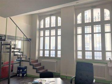 APPARTEMENT 3 - TOUL. NOUVEAU ! A Toul, place de la répulique, dans un immeuble de caractère, locaux à usage de bureaux comprenant en RDC: un bel espace d\'accueil de 30m2, un vaste bureau reparti en plusieurs espaces de travail (47m²), un coin cuisine, WC séparés. A l\'étage, se trouve une pièce de 23m². Vous profiterez également d\'une cave et d\'une place de stationnement.Possibilité de créer une habitation ( appartement type T2/T2bis) tout en conservant une partie professionnelle.Beau cachet, très lumineux, chauffage gaz de ville, grand parking au pied de l\'immeuble. A voir ! Prix: 107 000 euros FAI, frais d\'agence à la charge du vendeur.- barème honoraires : www.tfimmo.com /nos-honoraires.php - Contact : 06.68.08.05.71 - egerardin.tfimmo@gmail.com