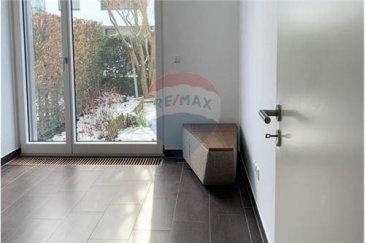Veuillez contacter Mathieu Bossennec pour de plus amples informations : - T : 661 521 730 - E : mathieu.bossennec@remax.lu  REMAX, Spécialiste de l'immobilier à Luxembourg-Cessange, vous propose ce magnifique local, dans le quartier de Luxembourg-Cessange.  Dans une résidence récente, directement au RDC, nous vous proposons un local de 12 m², avec accès au jardin. En plus de sa superficie, le local dispose également d'une salle d'attente spacieuse et d'un accès aux toilettes.  Uniquement pour de la médecine douce.  La résidence, aussi belle que stratégique, dispose d'un arrêt de bus à proximité et biens d'autres commodités. Le local, étant déjà très récent, a été remis parfaitement à neuf, avec une luminosité exceptionnelle. De plus, la facilité pour se garer avec les parkings à proximité fait également partie des points forts.  Dans le prix, toutes les charges sont comprises, électricité, chauffage, eau, Internet, femme de charge, etc.  Pour toutes informations supplémentaires, n'hésitez pas à nous contacter.  Frais d'agence RE/MAX : 125 % du montant du loyer à la charge du locataire + TVA