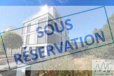 ***SOUS RESERVATION*** ''active relocation luxembourg'' vous propose un super appartement de +/-92m² avec deux chambres à Howald.  L'appartement se trouve à la 1er étage sans ascenceur dans une petite résidence. Comprenant un hall d'entrée, une cuisine équipée et ouverte sur le séjour avec accès au balcon. Par ce hall vous accédez aussi vers la salle de bains et les 2 chambres à coucher et un WC séparé.  Une cave privative avec connexion pour la machine à laver 1 emplacements intérieur et 1 parking extérieur privatif et le jardin commun complètent ce bel ensemble.  Loyer: 1.900€ Avances sur charges: 150€ disponibilité: +/- 1er Novembre (ou avant à convenir)  Lignes de bus à  proximité desservant ce lieu: N°: 3 / 166 / 144 / 158 / 170 / 171 / 172 /  175 / 176 / 177 / 192 / 194 / 195 / 196 / 226 LNB HE + Gare de Howald  Toutes les commodités : restaurants, école française, transports en commun, accès à l'autoroute et à proximité de la gare et du centre-ville. Centres commercial: Cactus Howald / Auchan Cloche d'Or / Delhaize Bonnevoie ....  Si vous pensez vendre ou louer votre bien, active relocation luxembourg est à votre service pour vous conseiller au mieux et vous faire profiter de toutes ses compétences en vue de commercialiser votre bien de manière professionnelle et rapide.  +352 270 485 005 info@arlux.lu www.arluximmo.lu