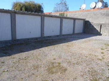 Réf: 5863  GARAGEà BERCK PLAGE  Pour 1 véhicule ou stokage niché au milieu d\'autres garages sécurisé par les maisons de chaque côtés.Lire de suite. ref 5863