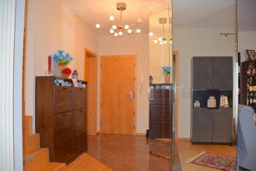 L'agence IMMO LORENA de Pétange a choisi pour vous un magnifique Penthouse Duplex à vendre au dernier étage  de 125 m2  avec ascenseur dans une résidence très soignée, à proximité de la commune, des commerces, écoles, transports en commun et toutes commodités, il se compose comme suit:  Premier niveau: - Un hall d'entrée de 10,48 m2 avec grands placards miroir encastrés. - Un WC séparé avec urinoir et lave main de 2,09 m2 - Cuisine séparée complètement équipée  de 8 m2 avec espace est-in donnant accès à la terrasse de 12 m2  - Magnifique  living-salle à manger de 27,52 m2 très lumineux  donnant également  accès à la terrasse .  Deuxième niveau: - Escalier éclairé amenant à l'étage  - Hall de nuit de 2,22 m2 Desservant 4 Chambres et salle de douche: - Première chambre  de 12,69 m2 - Deuxième chambre parentale 16,88 m2 avec salle de bain de 10,12 m2 privative  - Troisième chambre de 10,50 m2 plus  - Quatrième chambre ou bureau/dressing de 8,44 m2 - Salle de douche de 4,57 m2  Le duplex dispose également d'une cave privative de 5 m2, deux emplacements intérieurs privatifs.  CARACTERISTIQUES DU DUPLEX:  -Double vitrage -De belles prestations : le sol est en chêne et marbre et matériaux de qualité. -Cave privative -Belle terrasse spacieuse - Fibre optique installée dans l'appartement - Pas des travaux à prévoir.  A VOIR ABSOLUMENT SANS TARDER!!!!  Pour tout contact: Joanna RICKAL: +352 621 36 56 40 Vitor Pires:+352 691 761 110 Kevin Dos Santos: +352 691 318 013  L'agence ImmoLorena est à votre disposition pour toutes vos recherches ainsi que pour vos transactions LOCATIONS ET VENTES au Luxembourg, en France et en Belgique. Nous sommes également ouverts les samedis de 10h à 19h sans interruption.