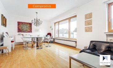 ***SOUS COMPROMIS***SOUS COMPROMIS***SOUS COMPROMIS*** Situé à Howald ce beau duplex de ±140 m² habitables avec jardin, rénové en 2016 et comprenant 5 chambres à coucher, un garage et libre de trois côtés, se compose comme suit : Au deuxième et troisième étage : Un hall d'entrée de ± 9 m² donne sur un séjour de ± 30 m², une cuisine séparée de ± 13 m² offre une vue agréable et dégagée, un cellier de ± 2 m², une chambre de ± 15 m² et une salle d'eau séparée de ± 3 m². Le troisième étage est aménagé en espace nuit et comprend un palier de ± 8 m² desservant en étoile 4 chambres mesurant respectivement ± 10 m², ± 13 m² et deux de ± 16 m² chacune. Une salle de bain de ± 6 m² avec un w.c complète l'étage. Un petit grenier de ± 32 m² de surface utile est actuellement aménagé en salle de jeux ou chambre pour enfants. Le Duplex est vendu avec un garage de ± 15 m² et une cave de ± 5 m². Situé à proximité du centre commercial Auchan, Il serait idéalement destiné à une famille grâce à la proximité du Lycée Vauban. Généralités : - Immeuble rénové en grande partie en 2016, aucun travaux à prévoir ; - Jardin agréable et exposé Sud-Ouest; - Toiture en ardoise et en bon état datant ± 2000 ; - Un balcon exposé Sud-Ouest de ± 5m²; - 4/5 chambres à coucher ; - Situé dans un quartier recherché de Howald ;