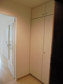 * * * STUDIO MEUBLÉ ET EQUIPE* * * DISPONIBLE DE SUITE * * * PIÈCE PRINCIPALE AVEC MEUBLE LIT ET SOFA * * * CUISINE EQUIPEE INDÉPENDANTE * * * SALLE DE DOUCHE* * * HALL D ENTRÉE AVEC PENDERIE * * * VISITES 621 16 33 23 OU 691 19 39 47 * * * FULLY FURNISHED STUDIO * * * MAIN ROOM WITH BED AND SOFA * * *SHOWER ROOM* * * FITTED INDEPENDENT KITCHEN* * * HALLWAY WITH FITTED WARDROBE* * * AVAILABLE IMMEDIATELY * * * PREVIEWS 621 16 33 23 OR 691 19 39 47