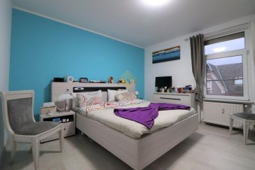 Bel appartement entièrement rénové de +/- 58 m² copropriété de 4 appartements situé dans une rue calme de Pétange à proximité de tous commerces, gare et transports.<br><br>Celui-ci se compose comme suit:<br><br>Hall d\'entrée,<br>Cuisine équipée ouverte sur living,<br>2 chambres à coucher,<br>Salle de douche,<br>Cave et buanderie commune.<br><br>Pour plus de renseignements ou une visite (visites également possibles le samedi sur rdv), veuillez contacter le 28.66.39.1.<br><br>Les prix s\'entendent frais d\'agence de 3 % TVA 17 % inclus.<br><br>Les visites ont repris, et nous sommes heureux de pouvoir à nouveau vous revoir ! Notre équipe sera équipée de gants et de masques afin de vous recevoir ou vous faire visiter nos biens en toute sécurité.<br>