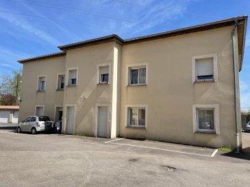 SPECIAL INVESTISSEUR :  A proximité immédiate d'Amnéville, découvrez ce bel immeuble de rapport individuel.  Cet immeuble construit en 2008 sur un terrain de 06a62ca comprend : - au rez-de-chaussée : 4 appartements de type F3 avec entrées individuelles  -  au 1er étage : 4 appartements de type F3 - au 2ème étage : plateau de 200 m² habitables à AMENAGER(possibilité de création de plusieurs logements, arrivées électricité et évacuations présentes)  - à l'extérieur : une dizaine de parkings. Sept appartements comportent des cuisines équipées.  Revenus locatifs : 51216 EUROS par an, hors charges (possibilité d'augmenter les revenus en aménageant le plateau au 2ème étage).  Taxe foncière : 3918 EUROS  Tous les appartements sont loués et en bon état. Tous les compteurs sont séparés. Chauffage électrique par le sol.