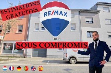 *** SOUS COMPROMIS*** Faire une visite virtuel copier ce link!  https://premium.giraffe360.com/remax-partners-luxembourg/87f206ed9e2941f19d39a03067481e1b/  RE/MAX, spécialiste de l'immobilier à Dudelange vous propose en exclusivité à la vente cette belle maison dans le quartier SCHMELZ.  Elle dispose d'une superficie habitable d'environ 249 m² pour 312 m² au total. Cette maison complètement rénovée il y a 5 ans. (La maison peut être divise en un appartement de 100m² et un appartement de 67m² ou 80m² avec mezzanine)  La maison se compose au rez-de-chaussée par un garage intérieur d'env. 33m² pour deux voitures, 1 emplacement extérieur et une pièce de 17m² : hall d'entrée qui donne vers le garage et vers une partie avec une pièce d'env. 12m², une salle de douche d'env. 6m² et d'une cuisine équipée séparée d'env. 12m² avec accès par un escalier à une terrasse privative 45m².  Au premier étage, un appartement de 102m²: un hall d'entrée, une chambre d'env. 16m², la deuxième chambre d'env. 16m², une salle de douche d'env. 9m², un séjour d'env. 17m², d'une cuisine équipée ouverte vers une immense salle à manger d'env. 40m² et donne accès par un escalier à une terrasse privative de 45m².  Au deuxième étage, un appartement de 67m² ou 80m² avec mezzanine compris : d'un séjour/salle à manger avec cuisine ouverte et équipée d'env. 43m², une salle de douche d'env. 8 m², une chambre d'env. 16m² et une mezzanine d'env. 13m² avec la deuxième chambre ou un bureau.  Au sous-sol : une cave d'env. 30m²  Extérieur : Deux terrasses privatives d'env. 45 m² situées à l'arrière de la maison.  Caractéristiques supplémentaires : totalement rénovée en 2015, dalles en béton, façade rénovée avec isolation, nouvelles fenêtres, électricité totalement refaite, nouvelle porte garage électrique.  - Toit : Refait en 2010 - Chauffage : Gaz (2005) - Rez-de-chaussée garage, 3 pièces et une salle de douche - Premier étage un appartement  avec 2 chambre, 1 salle de douche, cuisine équipe, terrasse - Deuxiè