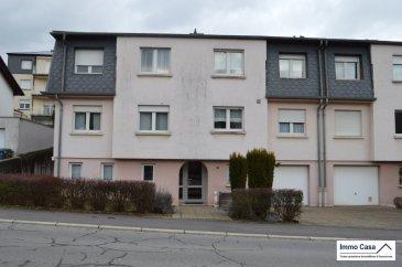 L'Agence ImmoCasa vous propose à Dudelange un magnifique appartement-duplex dans une petite copropriété  (3 unités) au 1er  étage  comprenant:  Niveau 1 Double living 32 m2 avec accès au balcon de 9m2 1 salle de douche et WC (5.60 m2) Cuisine équipée individuelle (10 m2) Petite pièce actuellement avec machine à laver  Niveau 2 Grand palier 8 m2 WC séparé 1 chambre à coucher (14,50 m2) avec accès au balcon de 9 m2 1 chambre à coucher (11 m2) 1 chambre à coucher (9m2) convient pour une chambre d'enfant ou bureau  Niveau 0 Garage (37m2) pour 2 voitures avec  cave 8.50 m2 Emplacement privé devant la résidence Nouvelle chaudière Double vitrage Le tout dans une surface habitable très agréable, spacieuse  vous donnant la possibilité de vivre en tout confort.  Pour plus d'informations sur le bien ou pour une visite veuillez contacter l'agence Immo Casa. Pour d'autres annonces non présentées sur ce site, visitez www.immocasa.lu Nous recherchons en permanence pour la vente et pour la location: Des appartements, maisons, terrains à bâtir et projets autorisés pour clientèle existante. Achat éventuel par notre société.   Nos estimations sont gratuites.  Ref agence :TC1906465