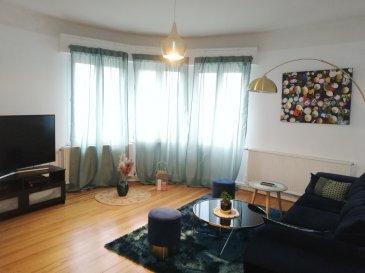 Appartement F4 lumineux et agréable situé dans un petit immeuble comprenant : une belle entrée, un salon, deux chambres, une salle à manger, une salle d\'eau, un wc séparé et une cuisine non équipée.  En annexe : une cave  Proche centre-ville et à 5min en voiture de la gare.
