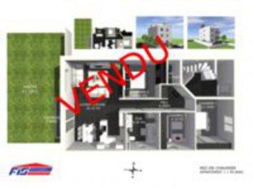 !!!!!!VENDUUU!!!!!   Appartement au rez de chaussée d'une surface habitable de 95.60m2 avec une terrasse de 5.90 m2 et un jardin privatif de 63.10m2 comprenant 1 hall d'entrée avec vestiaire, un WC séparé, 3 chambres à coucher, une salle de bains, un grand living avec cuisine ouverte et une cave.  Emplacement intérieur non inclus dans le prix mais disponible pour une somme de 25.000,00€.   Nous avons l'honneur de vous présenter une toute nouvelle résidence de 3 unités seulement, en future construction à Differdange.  Libre de 4 côtés celle-ci est située dans une rue très calme et agréable à vivre.  Avec une classe énergétique en BBB les charges seront moindres grâce à l'installation d'une ventilation mécanique, de panneaux solaires, chauffage au sol, ect.  Les appartements seront très spacieux et lumineux et ils comprendront 3 chambres à coucher chacun.  Chaque appartement aura son espace extérieur : L'appartement au rez-de- chaussée comprend un jardin de 63.1 m² et une terrasse de 6m² . L'appartement au 1e étage comprend un balcon de 6m²  L'appartement au 3é étage comprend une terrasse très spacieuse de 96.70m² et une terrasse de 6m2.  Ne ratez pas cette grande occasion et contactez nous