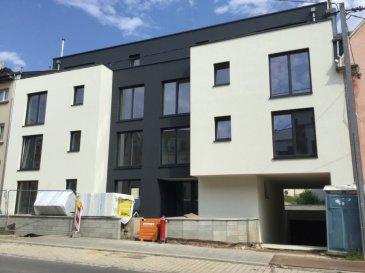 DERNIER APPARTEMENT à vendre NOUVELLE CONSTRUCTION A SCHEIER NIEDERKORN  Immeuble résidenciel - LOT 1-04 -  - 1er étage  Appartement de  - 105 m2 avec balcon de  - 10 m2, comprenant:   1 hall d'entrée avec coin vestiaire  1 cuisine ouverte sur living-sàm, sortie sur balcon  1 WC séparé  1 salle de bains  1 salle de douche  3 chambres à coucher   - au sous-sol: 1 cave privée  - possibilité d'acquérir un emplacement au prix de 34078 euro   Les prix de l'appartement et du garage s'entendent 17% TVA comprise Certification de classe énergétique B/B  Ascenseur adapté aux personnes à mobilités réduites  Immeuble avec rampe pour personnes à mobilités réduites  Triple vitrage avec volets électriques  Chauffage au sol   disponibilité: immédiate