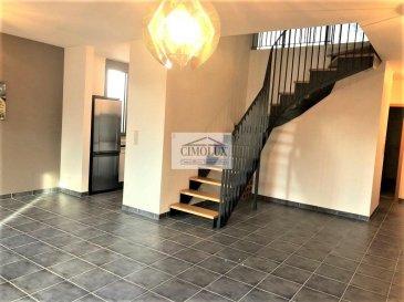 L'agence CIMOLUX vous propose un beau duplex situé à Niederkorn avec une superficie de  /-88m2 et proche des commodités.  Le duplex dispose un hall d'entrée, un salon/salle à manger, une cuisine équipée ouverte, 2 chambres, une salle de douche, un WC séparé, un coin bureau, une terrasse,une cave et un emplacement intérieur.  Prix 613.000' (frais d'agence compris 3%   Tva 17 % à la charge du vendeur)  Pour plus d'informations contactez notre agence ou Madame Jenny NETO au 691 85 77 08, nous parlons luxembourgeois, français, allemand, anglais, portugais et italien.  Pour l'obtention de votre crédit, notre relation avec nos partenaires financiers vous permettront d'avoir les meilleurs conditions. Ref agence :1442035