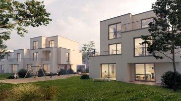 Property Invest vous propose un nouveau projet de construction « Domaine des Roses » de 2x5 maisons en bande situées dans une rue au calme « An de Burfelder » à Bereldang, 7km de Luxembourg-Centre qui s'inscrit dans le cadre de modernité se traduisant par une offre de commodités de haut standing.  La maison Lot 05 est composée comme suit :   Au rez-de-chaussée : - un hall d'entrée  - un wc séparé - une cuisine ouverte sur le séjour/salle à manger    avec accès à la terrasse et au jardin - un local technique - un carport  1er étage : - un hall de nuit - 3 belles chambres à coucher dont une avec    dressing - une salle de bains  2ième étage: - une chambre parentale avec dressing et salle de    bains  Cette belle maison unifamiliale jumelée en future construction à basse énergie (AB) située sur un terrain de 2,82 ares est dotée d'une architecture moderne et d'une surface nette de 166 m2.   Les maisons ont été conçues pour vous garantir un confort optimal et des espaces de vie de qualité : douche italienne, triple vitrage, chauffage au sol, stores électriques, isolations thermiques, revêtements et finitions de qualité.  CLASSE ENERGETIQUE A/B  Le prix indiqué comprend la TVA à 3% (sous réserve d'acceptation par l'administration de l'enregistrement).  Le projet Domaine des Roses : Un véritable îlot de tranquillité, proposé par Investe Promotions, met à votre disposition un vaste panel de logements aux finitions de qualité et prestations haut de gamme.   Design et confort : Chaque logement est finalisé avec le plus grand soin. Seuls les matériaux et aménagements les plus nobles sont retenus comme le parquet, la menuiserie, la porte coulissante, la douche à l'italienne et bien d'autres. Les maisons aux architectures modernes bénéficient également de grands espaces, telle qu'une large terrasse vous laissant profiter pleinement du paysage.  Domaine des Roses : Dessinées par le bureau Wagener et Cotza Archi- tects, les maisons se composent de 130 à 200 m2 de surface habitable