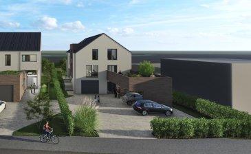 Prox'Immo vous présente ce nouveau projet d'une maison jumelée, libre de 3 côtés, sur un beau terrain plat, dans le village de Nocher, à 7 km de Wiltz et 5 de Kautenbach (Gare CFL Ligne 10 directe vers Luxembourg, parkings gratuits).  La maison libre de 4 côtés se veut