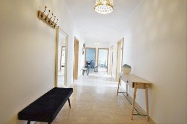 APPARTEMENT MEUBLE  Situé dans la dynamique commune de Roeser, dans un environnement verdoyant et proche de Luxembourg-ville, cet appartement moderne et épuré par son intérieur au design minimaliste datant des années 70's, entièrement rénové en 2020 occupe le 1er étage d'une petite copropriété soignée de 4 unités. D'une surface habitable de ± 104 m² pour une surface totale de ± 118 m², il se compose comme suit :  Au 1er étage, l'entrée s'ouvre désormais directement sur un spacieux hall d'entrée ±17 m² baignant de lumière naturelle grâce aux six portes qui se fondent dans le couloir.  Celui-ci dessert deux lumineuses chambres de ± 18 et 17 m², aux tons neutres de blanc, gris et bleu, une confortable cuisine aménagée et équipée ± 12 m², une salle de bain ± 9 m² avec lavabo, baignoire, douche, wc suspendu + raccords eau pour lave-linge, ainsi qu'un séjour de ± 27 m² incluant un coin salle à manger.  Au rez-de-chaussée, deux emplacement privatif extérieur ± 14 m² complète cette offre.  Détails complémentaires : Appartement et copro. en bon état et aux finitions propres ; Châssis pvc-aluminium, double vitrage ; volets manuels; Parquet laminé dans tout l'appartement hormis les chambres (carrelage); Chauffage au gaz , par radiateurs; Situation recherchée, environnement calme et verdoyant ; à proximité de Luxembourg-ville (8 km) et du quartier Cloche d'Or (± 6,4 km); Proche de toutes commodités: commerces, restaurants, axes autoroutiers, transports en commun (arrêt de bus à 60 m; gare de Bettembourg à 2 km); Belles promenades dans les alentours (grand parc communal, forêts, …)  Loyer : 1.990€; Charges : 220 € Garantie locative : 3 mois de loyer ; Bail de 1ans ou 2ans Disponible immédiatement; Frais d'agence : 1 mois de loyer + TVA 17%.  Agent responsable: Sarah Mobile: (+352) 621 748 117 E-mail: Sarah@vanmaurits.lu