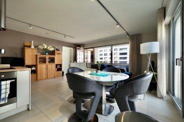 ***SOUS COMPROMIS*** immohub, votre partenaire dans l'immobilier à Luxembourg-Gasperich; nouveau quartier de la Cloche d'Or, vous propose en exclusivité un appartement de 62,15 m2 avec son emplacement intérieur dans la résidence Fuchsia, construite en 2018.  L'Appartement une chambre aux finitions haut de gamme se situe au 3ème étage et se compose comme suit:  -Hall d'entrée 5,20 m2 -WC séparé 1,47 m2 -Séjour et cuisine équipée ouverte 37,7 m2 avec accès loggia de 12,8 m2 -Chambre à coucher 11,4 m2 avec accès loggia -Salle de douche annexée à la chambre à coucher 5 m2  Sous-sol: -Cave privative 8 m2 -Emplacement intérieur -Buanderie commune avec emplacement pour machine à laver et séchoir  Détails: Domotique Chauffage au gaz /chauffage au sol Triple vitrage /volets électriques CPE: A/A VMC Parquet massif dans la chambre à coucher  Quartier en plein développement à proximité directe de toutes les facilités.