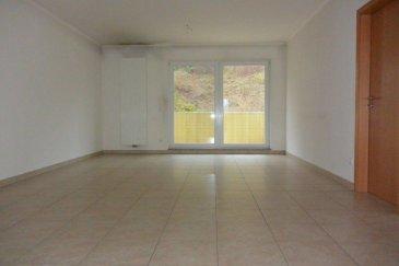 A visiter rapidement pour apprécier...<br><br>Immo Nordstrooss vous présente un magnifique appartement dans une résidence bien entretenu construction 2010, cet appartement avec ascenseur de /-88m2 se constitue ainsi:<br>Aucun travaux n\'est à prévoir. <br><br>-hall d\'entrée <br>-cuisine équipée complète<br>-living salle à manger<br>-balcon<br>-de l\'autre côté , les 2 chambres à coucher <br>-grande salle de bain.<br>-garage pour une voiture<br><br>Toutes les pièces sont munies de prise conncexion internet et Tv. <br>En complément, nous avons une belle cave, chauffage central, double vitrage, chaudière au gaz collective. La résidence est propre, de très bonne construction et entretenue par un syndic. <br><br>Pour plus de renseignements ou une visite (visites également possibles le samedi sur rdv), veuillez contacter le 691 850 805.