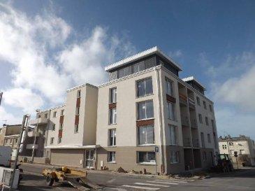 Réf: 49436  A quelques mètres de la plage,  La résidence «Équinoxe» est la garantie d\'un logement moderne et de grande qualité à proximité de la plage.  Appartement de type T2 de 38.66  m² avec balcon de 3.50 m2:   Hall, séjour, cuisine équipée, salle de bains, wc et 1 chambre  Possibilité de cave en supplément     Ref: 49436
