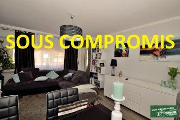 SOUS COMPROMIS!!!<br>Tempocasa vous propose en exclusivité un appartement entièrement rénové de 86m² avec 2 chambres situé au 3e étage d\'une résidence sans ascenseur dans une rue calme en plein centre de Mondorf-les-Bains, composé comme suit :<br><br>- hall d\'entrée avec placard<br>- cuisine équipée avec balcon<br>-  salle de douche récente avec toilette<br>- un WC séparé<br>- 2 chambres<br>- salon/séjour avec balcon<br>- Parquet neuf dans toutes les pièces sauf cuisine et salle de douche<br><br>L\'appartement possède un garage fermé, une cave avec buanderie et un emplacement devant le garage. <br>Situé proche de toutes commodités A voir absolument!!!!<br><br>Pour avoir plus de renseignement contacter Monsieur Kempf David par téléphone au  00 352 621 631 841 ou par mail David.kempf16@gmail.com<br />Ref agence :DK100