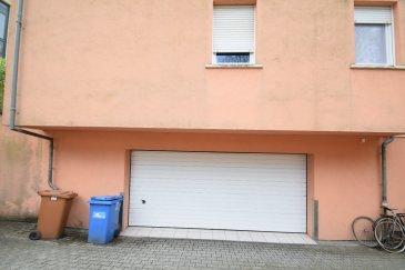 ImmoHouse vous propose ce parking intérieur à louer très bien situé à Luxembourg-Rollingergrund.  208 rue de Rollingergrund à Luxembourg.  Très bonne situation à proximité du tram.  Infos et visites sur rdv