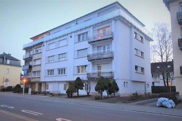 RE/MAX, spécialiste de l\'immobilier au Luxembourg, vous propose à la location ce beau Penthouse, situé au cœur du pays en face d\'un arrêt de bus.  Ce beau Penthouse se compose comme suit:  - un hall d\'entrée de 5m2 - une cuisine d\'environ 8m2 - un living d\'environ 20m2 avec des portes fenêtres donnant accès sur la terrasse - une terrasse d\'environ 40m2 - deux chambres avec 15m2 et 12m2 - une salle de douche avec WC d\'environ 5m2   Une cave/buanderie ainsi qu\'un garage viennent compléter cette location.  Cet appartement très tranquille se situe au 4ème et dernier étage, avec ascenseur.   Disponibilité à partir du 1er avril.  Charges mensuelles : 240€/mois Caution : 3.600€ (2 mois de loyer)   La commission d\'agence s\'élève à 1 mois de loyer + TVA payable par le locataire.  SIMOES Michael +352 691 680 986 michael.simoes@remax.lu Ref agence :5096289