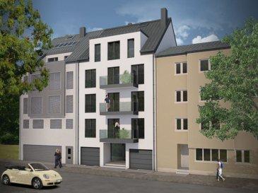 Reste à vendre à Luxembourg-Kirchberg dans une résidence de 8 unités, un appartement de 116 m2 au 4ème étage comprenant, un hall d'entrée, un living, une cuisine ouverte, trois chambres (10,13 et 13,35m2), une salle de bain, une salle de douche, un balcon de 12,54m2, une cave avec les branchements pour la machine à laver  Livraison 2018. Classe énergétique A-A Prix d'un garage fermé, 60.000,00 eur tva 3%. Prix affiché à 3%.