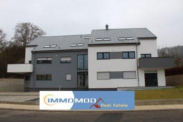 L'agence Immomod a le plaisir de vous proposer un duplex dans une nouvelle résidence à Welsdorf, complétement terminé à la fin de l'année 2016.  L'appartement se trouve au 1ère étage, il y a 3 ch. à c. de 19,97 m², 15,09 m² et 9,42 m², une salle de bains, living de 32,51, cuisine 16,59 m² et un WC séparé, et encore un grand grenier est à votre disposition.  La surface : 123,46 m²   la terrasse 13,42 m².  Les emplacements intérieurs sont à 25 000 €  Les emplacement extérieurs sont à 10 000 €  Les caves sont à 5 000 €  Le prix affiché avec une TVA de 3 %(sous conditions d'acceptation, de votre dossier, par l'administration de l'enregistrement)  Disponibilité : immédiate  Classe énergétique : B ; C  N'hésitez pas à nous contacter pour d'autres informations, réservations ou visites. Tyutyayev Stanislav : 691 92 54 85