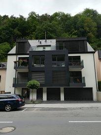 L'agence immobilière SPACEPLUS vous propose à la location un appartement de 40m2,  une chambre à coucher. Luxembourg-Clausen 1, rue de Neudorf L-2221  Situé au 2ème étage dans une nouvelle résidence et composé comme suit: - hall d'entrée avec un vestiaire, - living de 20m2 avec une cuisine équipée, - une chambre à coucher de 11m2, - une salle de douche (cabine de douche, lavabo, WC), - une cave/buanderie privative avec le raccordement pour lave-linge et le sèche-linge.  The SPACEPLUS real estate agency present one bedroom  apartment 40m2,  for rent. Luxembourg-Clausen 1, rue de Neudorf L-2221  Located on the 2nd floor in a new residence and composed as follows: - entrance hall with a closet, - living room of 20m2 with an equipped kitchen, - a bedroom of 11m2, - a shower room (shower, sink, WC), - a private cellar with the place for washing machine and dryer.