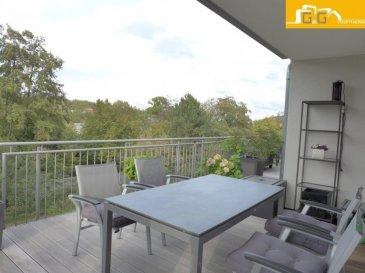 Magnifique penthouse de luxe de +- 300 m2 de surface utile avec grande terrasse de 75,55 m2 au 2ième étage dans une petite résidence soignée de 2013 à Syren.   Objet très rare et idéal pour personnes à mobilité réduite.  Ce bien se compose de :   - 1 grand living avec cuisine équipée ouverte de 51,08 m2 avec accès à la terrasse - 2 belles chambres à coucher avec accès à la terrasse - 1 grande chambre avec dressing privé de 18 m2 avec accès à la terrasse - 1 grande terrasse de 75,55 m2 qui fait le tour du penthouse - 1 grande salle de bains avec baignoire balnéothérapie, douche à l'italienne et WC - 1 salle de douches avec douche hydromassante et WC - 1 spacieux hall d'entrée avec  buanderie privée / débarras  - 1 emplacement extérieur privé avec accès facile pour personnes à mobilité réduite - 2 emplacements intérieurs privés avec espace de stockage - 1 grande cave privée de 13.38 m2  - 1 grand grenier de +- 35 m2 dans les parties communes en utilisation exclusive - Surface habitable: 124.19 m2 - Surface utile: +- 300 m2 - Libre +- 03/2021  N'attendez plus, contactez-nous par:  EMAIL: info@gng.lu TEL: 621 366 377
