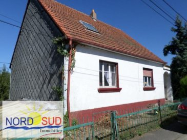 LEMBERG :<br /><br />Maison individuelle d\'environ 115m², offrant 7 pièces dont 3 chambres à coucher, salle de bain et cuisine&period;<br /><br />La maison dispose d\'un sous sol et garage, le tout sur pacelle de terrain de 10&period;25 ares&period;<br /><br />Prévoir travaux&period;<br /><br />Contact Nord Sud Immobilier à <br />Nord Sud Rohrbach:          03 87 96 33 84<br />Nord Sud Bitche      :          03 87 27 01 80<br />Nord Sud Sarreguemines: 03 87 02 83 36